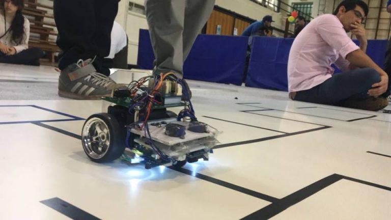 Robot compitiendo